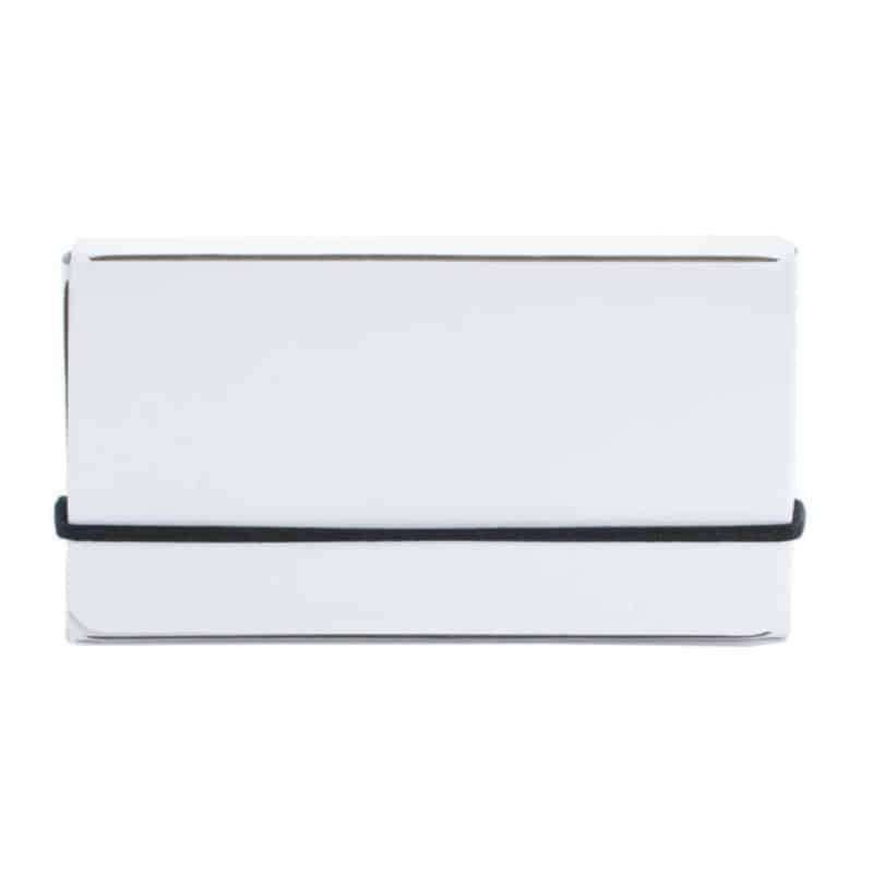 Valkoinen uusionahkainen käyntikorttikotelo.