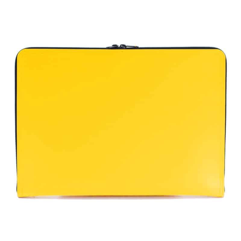 Keltainen uusionahkainen tietokonesalkku.